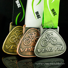 Custom design plating gold silver brass metal competition medal with ribbon