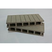 Synthetischer langlebiger Holz-Plastik-zusammengesetzter Decking-Boden-Veranda-Decking-Balkon-Boden