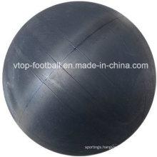Supply Pakistan Hand Stitched Football Rubber / Butyl Bladder Nylon Winding