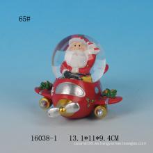 Globo encantador del agua del recuerdo de la resina del diseño 65MM de Santa