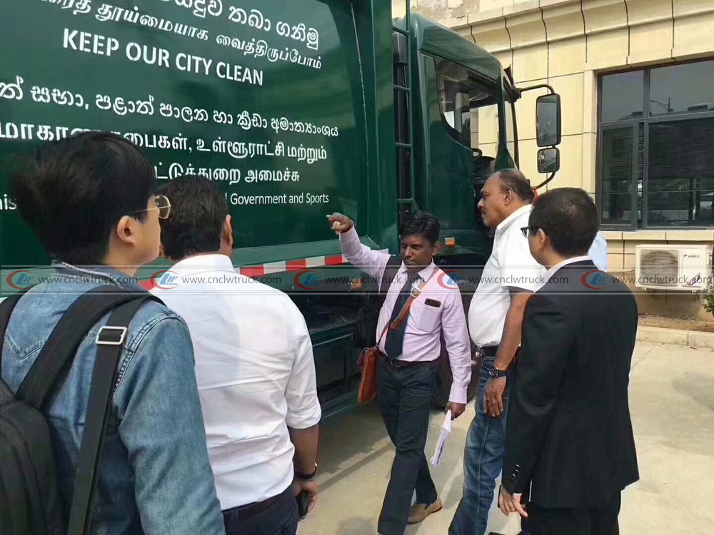 100units compactor garbage truck exporting to Sri Lanka 3