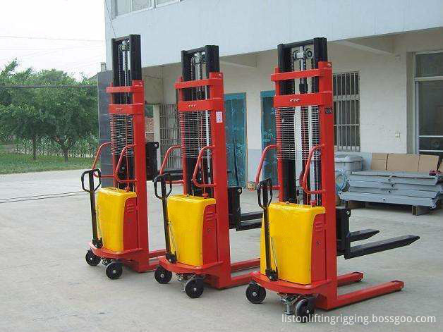 2 ton electric pallet stacker