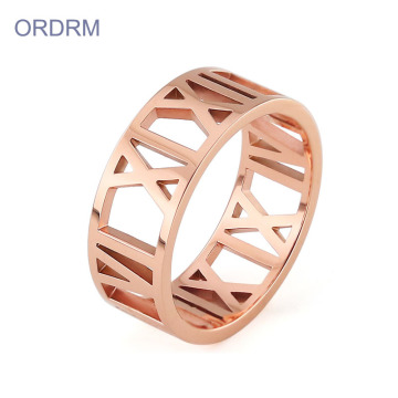 Wanita Stainless Steel Rose Gold Roman Numeral Ring