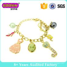 Adorável banhado a ouro charme pulseira para meninas