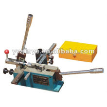 Regra cortando e máquina de corte