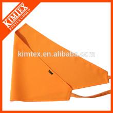 Bandolera con triángulo impreso con logo