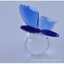 Mariposa de cristal de estatuilla animal hermosa y colorida