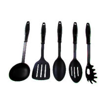 Nylon Kitchen Tools, Various Colors are Available, Used for Houses, Hotels and Restaurants
