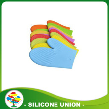 High temperature kitchen insulated silicone gloves