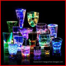 Flash Light Tasses LED Bar Night Club Party Boire de nombreuses formes différentes tasses