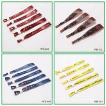 Heiße Förderung kundengebundene Armbänder billige freie Probe