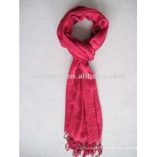 Длинный красный рекламный вискозный шарф
