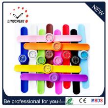 Regalo de la promoción Silicona colorida Snap en el reloj (DC-098)