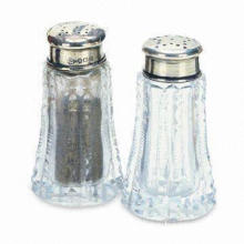 Salt and Pepper Shaker with Charming Design, Great for Table, Customized Designs are Welcome