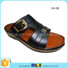 Nuevas zapatillas de muestra gratuitas de PVC