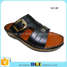 Novos chinelos de loja de amostra grátis de PVC