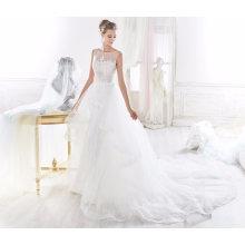 Robe de mariée en dentelle détachable