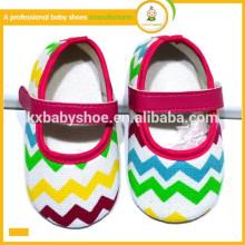 Nova chegada atacado sapatos de bebê moda lindo colorido chevron bebê sapatos de vestido