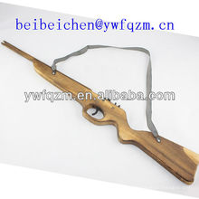 pistolas de juguete de madera
