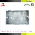 Couvercle de commutation à moulage sous pression en alliage d'aluminium utilisé dans l'équipement d'éclairage et de machines à LED