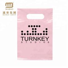 Großhandelspreis-Hitze, die kleines rosa kundenspezifisches Logo druckt, das Plastikeinkaufen-Waren-Taschen für Einzelhandelsgeschäft druckt