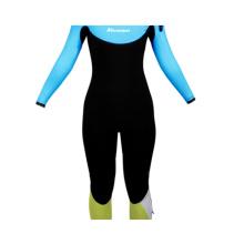 Fato de mergulho feminino de surf