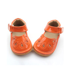 Atacado 2018 New Fashion Gold Kids Squeaky Shoes