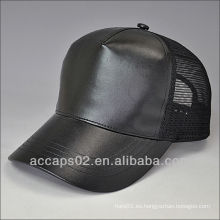 Sombrero en blanco del snapback del cuero