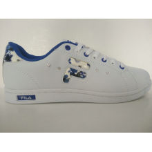Rhinestone-blaue Blume druckte weiße Frauen-Rochen-Schuhe