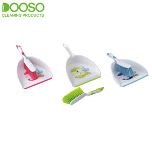With Cartoon Printed Dustpan and Brush Set DS-506