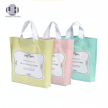 Beaux sacs à provisions pliables d'impression de coutume imprimée avec la poignée dure en plastique de boucle