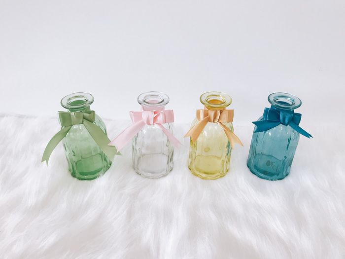 Coloured kettle vase