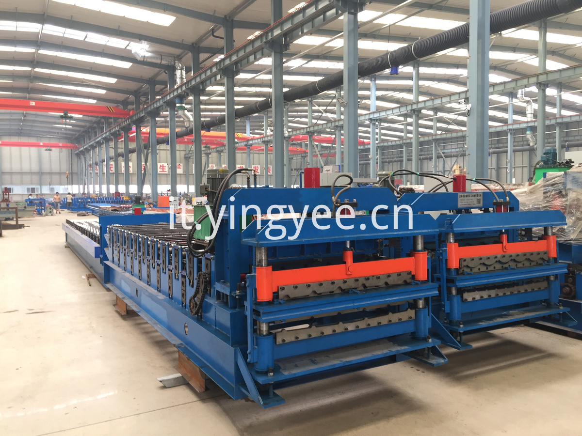 Double layer roof sheet roll forming machine