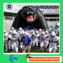 vivid giant inflatable bear tunnel inflatable football helmet tunnel for sale