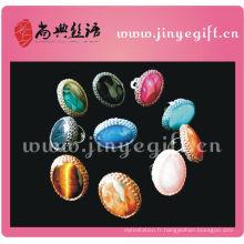 Bague en diamant avec pierres précieuses au crochet de Shangdian Handcraft