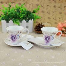 Diversas flores hermosas que imprimen el nuevo juego de café turco al por mayor de China del hueso con el logotipo y el color de encargo