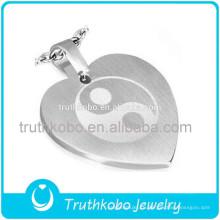 Лучшие продажи мода китайский ювелирные изделия 316L из нержавеющей стали Любовь в форме сердца Yingyang кулон с гравировкой дизайн для любителей
