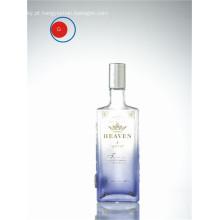 Garrafa de vidro de vodka com forma redonda