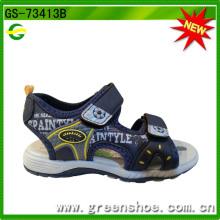 Nova fábrica de sandálias para crianças de design