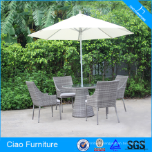 Cheap And Low Price Hospitality Rattan Garden Dining Set With Umbrella