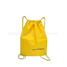 Sacs à dos non tissés personnalisés à bas prix de publicité, pliez les sacs à dos de cordon, sac plié non-tissé