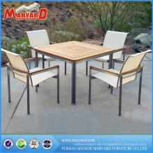 Teak Tisch aus Edelstahl mit 4 Stühlen