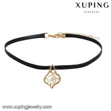 44033 venta al por mayor hermosa joyería de las señoras de imitación perla collar de gargantilla de cuero colgante