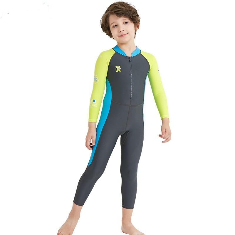 Children diving (3)