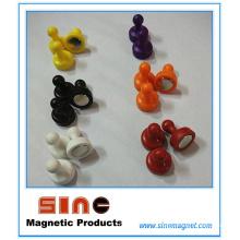 Accroc magnétique de tableau blanc en plastique multicolore pour l'approvisionnement de bureau