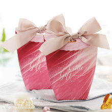 Cute+red+wedding+favor+boxes