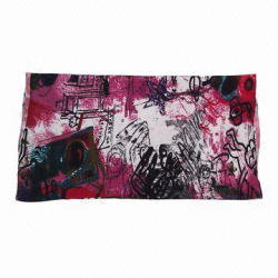 Scarf with Fashionable Printing, Made of Woolen-knit Fabric