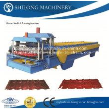 El CE aprobó la teja de azulejo esmaltada que forma la máquina