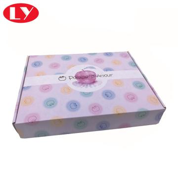 Boîte aux lettres en carton ondulé pour vêtements