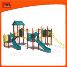 Equipamento de jardim de recreio ao jardim de infância